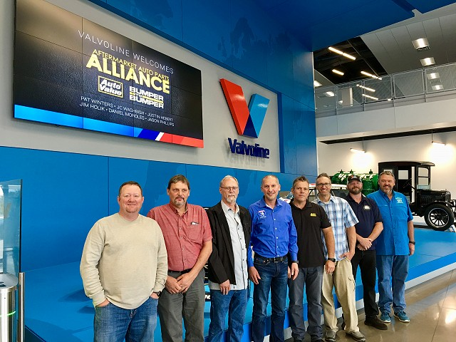 Valvoline Hosts Auto Value and Bumper to Bumper Service Center  Advisory Council in Kentucky